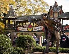 15 NC Day Trips Experience a modern day time machine at the Renaissance Festival North Carolina Vacations, North Carolina Homes, South Carolina, Nc Mountains, North Carolina Mountains, Appalachian Mountains, Black Mountain North Carolina, Renaissance, Charlotte Nc