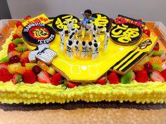 タイガースのケーキ Big Cakes, Birthday Cake, Desserts, Food, Tailgate Desserts, Birthday Cakes, Meal, Tall Cakes, Dessert