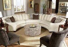 Cool Circular Sofa Designs Ideas For Living Room 09 Interior Design, Luxury Living Room, Cozy Living Room Design, Living Room Color, Living Room Remodel, Curved Sofa, Curved Sofa Living Room, Sofa Design, Round Sofa