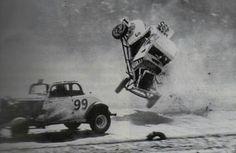 Amazing vintage crash photos - Page 2 - Auto Racing Memories Nascar Wrecks, Dirt Racing, Auto Racing, Vintage Race Car, Vintage Auto, Truck Repair, Old Race Cars, Car Crash, Race Day