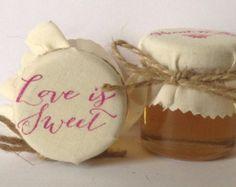 Favori di nozze pieno di stile puro gallese miele di Melysweddings