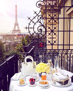 The 12 Most Instagrammable Spots in Paris   The Everygirl