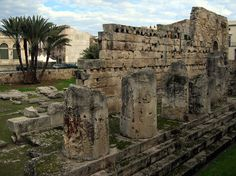 greek/siracusa-ortagia-ruins