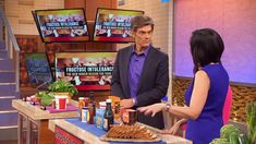 What You Should and Shouldn't Eat to Eliminate Fructose: Dr. Aviva Romm and Dr. Oz discuss which foods to avoid to eliminate fructose from your diet in an effort to stop bloating.