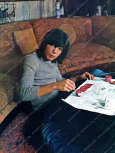 artistic David Cassidy does some painting at home dp-13877