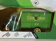 ERTL JOHN DEERE Panel Truck Bank #102 Replica of 1926 Mack Bulldog Delivery Van  #Ertl