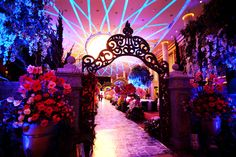 Alice in Wonderland Wedding Inspiration! Alice In Wonderland Wedding Theme, Wonderland Party, Gothic Wedding, Dream Wedding, Fantasy Wedding, Glamorous Wedding, Debut Themes, Dance Themes, Wedding Themes