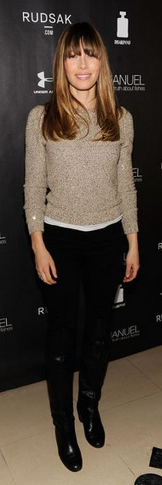 Who made  Jessica Biel's tan sweater with gold sequins that she wore in Park City?