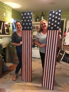 Patriotic porch signs, just in time for the of july patriotic crafts, patriotic Americana Crafts, Patriotic Crafts, Patriotic Party, July Crafts, Summer Crafts, Holiday Crafts, Patriotic Wreath, Holiday Ideas, Fourth Of July Decor