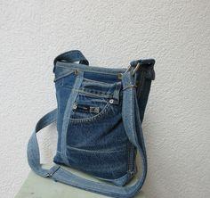 """Schultertaschen - Upcycled Jeanstasche Umhängetasche  """"Gundelrebe""""  - ein Designerstück von Gasani bei DaWanda"""