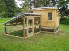 Chicken coop designed for cold weather - more photos and explanation on the site