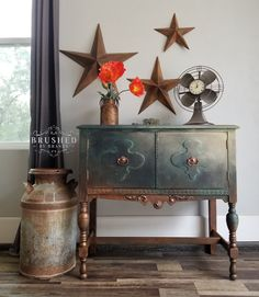 70 Trendy ideas for unique furniture ideas upcycling light fixtures Blue Painted Furniture, Chalk Paint Furniture, Deco Furniture, Refurbished Furniture, Living Furniture, Upcycled Furniture, Unique Furniture, Shabby Chic Furniture, Furniture Projects