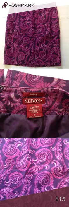 Floral Scroll Purple Pencil Stretch Career Skirt Description: Lined, back slit, Stretch, Cotton Spandex blend Condition: excellent See pictures for measurements and material. Comes from a smoke-free home. 👀 Don't like the price, make a reasonable offer. Happy shopping 😍 d41 Merona Skirts Pencil