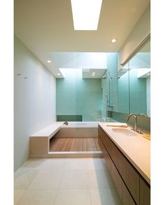 Medina Remodel by SHED Architecture & Design  #shedarchitecturedesign #seattle #contemporary #bathroom #shower #interior #interiors #interiordesign #design #architecture
