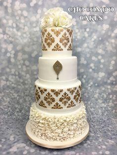 Gold damask wedding cake