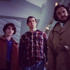 Wade, Quinn and the Professor looking on his doubles in THE YOUNG AND THE RELENTLESS. #sliders #sabrinalloyd #jerryoconnell #johnrhysdavies #wadewells #quinnmallory #professorarturo #doubles #tv #scifi