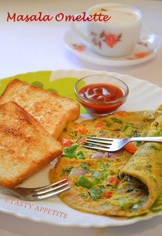 Masala Omelette / Indian style  http://www.tastyappetite.net/2012/12/how-to-make-masala-omelette-spicy.html