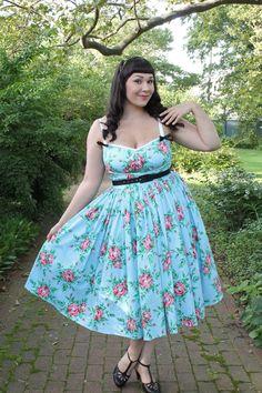 The Soubrette Brunette: Briar Rose Rockabilly Outfits, Rockabilly Fashion, 1950s Fashion, Vintage Fashion, Rockabilly Clothing, Vintage Dresses, Nice Dresses, Summer Dresses, Floral Dresses