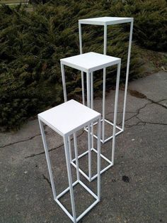 Modern Rectangular Stand Metal Gold Geometric Vases Available in white, black and gold. Perfect for destination weddings. Metal Wedding Arch, Wedding Arch Rustic, Wedding Ceremony Backdrop, Ceremony Decorations, Wedding Centerpieces, Decor Wedding, Backdrop Frame, Backdrop Stand, Backdrops