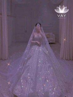 Princess Ball Gowns, Princess Wedding Dresses, Dream Wedding Dresses, Wedding Gowns, Pretty Quinceanera Dresses, Pretty Dresses, Beautiful Dresses, Ball Gowns Fantasy, Fairytale Dress