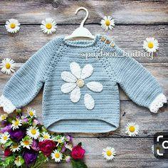 Crochet baby bag for kids ideas Knitting For Kids, Baby Knitting Patterns, Crochet For Kids, Baby Patterns, Sewing Patterns, Crochet Patterns, Crochet Baby Sweaters, Crochet Baby Clothes, Crochet Jacket