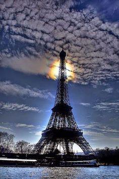 marisel@reflexiones.com: Pray for Paris