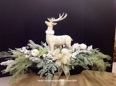Christmas is getting closer and it is not too early to start the preparations. Even if it is too soon to start the Christmas decorations it is not too soon to start thinking about them. Making your own Christmas centerpieces… Continue Reading → Homemade Christmas Table Decorations, Silver Christmas Decorations, Christmas Tabletop, Christmas Table Centerpieces, Rustic Christmas, Centerpiece Ideas, Simple Christmas, White Christmas, Centrepieces