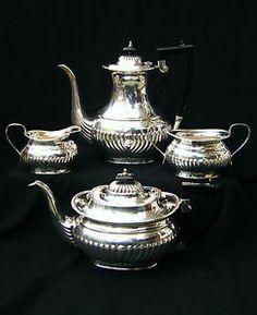 ANTIQUE GEORGIAN STYLE SHEFFIELD SILVER PLATED 4 PIECE TEA / COFFEE SET, c1930's