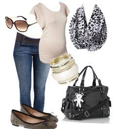Maternity style casual. Maternity fashion. Maternity look. Il tutto nappy bag diaper bag.