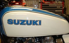 Suzuki GS1000S Wes Cooley - Tank