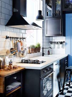 Love the subway tiles. #kitchen