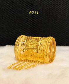 - The best company for African Clothing Gram gold jewelry offer runing Cute Jewelry, Wedding Jewelry, Gold Jewelry, Gold Bangles, Bangle Bracelets, Sporty Fashion, Mod Fashion, Bridal Fashion, Arab Fashion
