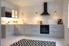 Kitchen Flooring, Kitchen Furniture, Kitchen Dining, Kitchen Decor, Kitchen Cabinets, Kitchen Room Design, Kitchen Interior, Home Fix, All White Kitchen