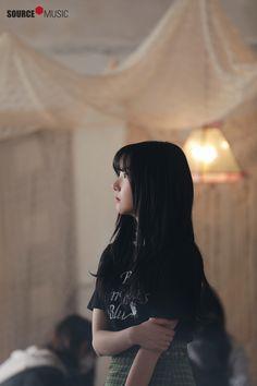 "Gfriend ""Time for the moon night"" MV Behind Korean Ulzzang, Ulzzang Girl, South Korean Girls, Korean Girl Groups, Gfriend Yuju, Jung Eun Bi, G Friend, Daughter Of God, Kpop Outfits"