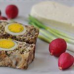 Romanian Food, Irish Cream, Easter Recipes, Meatloaf, Bon Appetit, Banana Bread, Eggs, Breakfast, Desserts