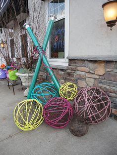 Get crafty window idea store window displays, craft show displays, display window, yarn Store Window Displays, Craft Show Displays, Display Window, Retail Displays, Merchandising Displays, Display Ideas, Wool Shop, Yarn Shop, Yarn Display