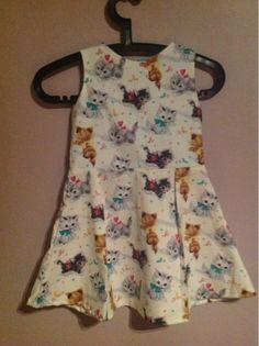 Van A tot Zetje: Kleedjes voor zomermeisjes poezenkleedje