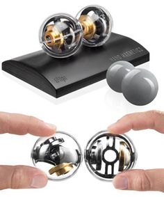 Spinning Magnetic Orbs