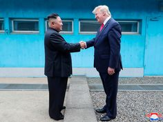 "WASHINGTON (Reuters) - President Donald Trump said on Friday he had just received a ""very beautiful letter"" from North Korean leader Kim Jong Un and added that he could have another meeting with him.Speaking to reporters, Trump did not say when such."