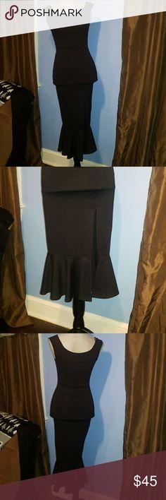 Sexy New Trumpet Dress New, never worn. Vibrant black. Beautiful sexy slid Lovely Day Dresses Midi