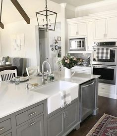 To improve the interior of your home, you may want to consider doing a kitchen remodeling project. This is the room in your home where the family tends to spend the most time together. If you have not upgraded your kitchen since you purchased the home,. New Kitchen, Kitchen Dining, Kitchen Decor, Kitchen Ideas, Kitchen Designs, Decorating Kitchen, Smart Kitchen, Grey Kitchen Island, Gray Island
