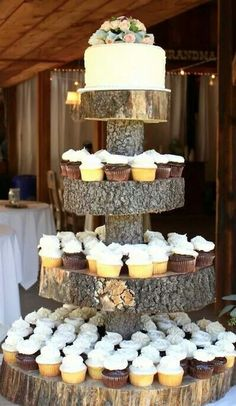 Tree trunk wood country/western wedding cake stand cupcakes