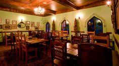 disney world yak and yeti | yak-and-yeti-restaurant-00