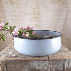 A huge gray enamel bowl , enamel, vintage, kitchen, silesia, kitchen, bowl, shabby chic, enamel, enamel bowl
