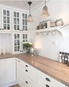 Check out this crucial picture and also visit the here and now knowledge on Small Kitchen Renovation Home Decor Kitchen, Kitchen Interior, New Kitchen, Home Kitchens, Kitchen Dining, Kitchen Cabinets, Dining Room, Vintage Kitchen, White Ikea Kitchen