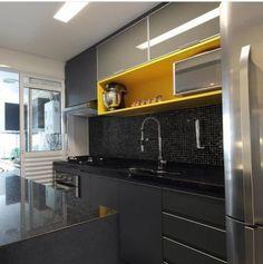 Kitchen Cabinet Remodel, Kitchen Room Design, Modern Kitchen Cabinets, Kitchen Cabinet Colors, Kitchen Layout, Home Decor Kitchen, Interior Design Kitchen, Kitchen Furniture, Home Kitchens
