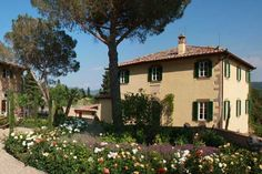 """Um, the house in """"Under the Tuscan Sun"""" is available for rent?!?! I will go here one day...--- I love that movie and I want to live there sometime :)"""