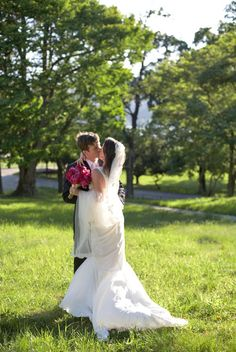 kisses in the grass #wedding #pictures