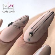 10 Most Eye-Catching Summer Nails Acrylic Coffin - Retiktok Media Clean Nails, Fun Nails, Simple Nail Designs, Nail Art Designs, Nail Art Arabesque, Nail Treatment, Nagel Gel, French Nails, Nail Arts