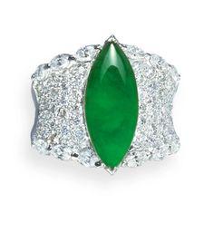 Jadeite & diamond ring